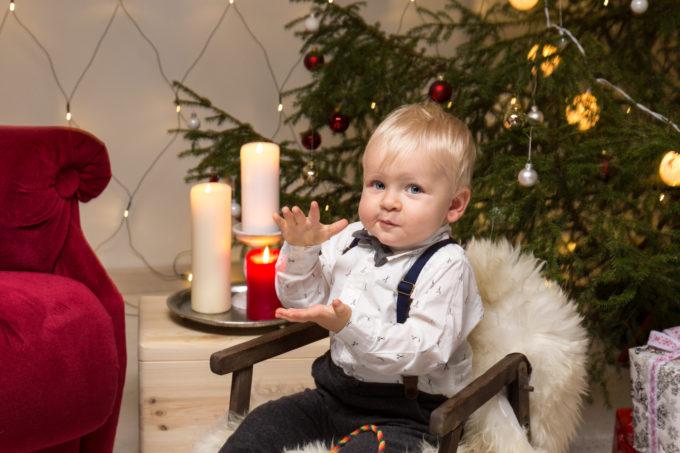 Fotosessioon jõulunurgas