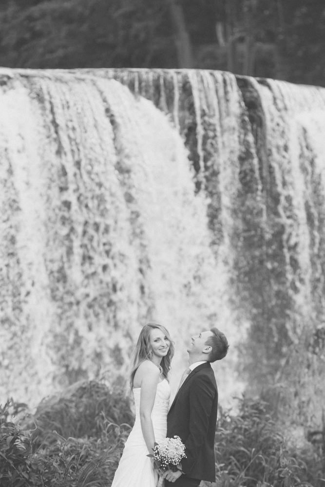 Pruutpaar kallistamas Keila-Joal