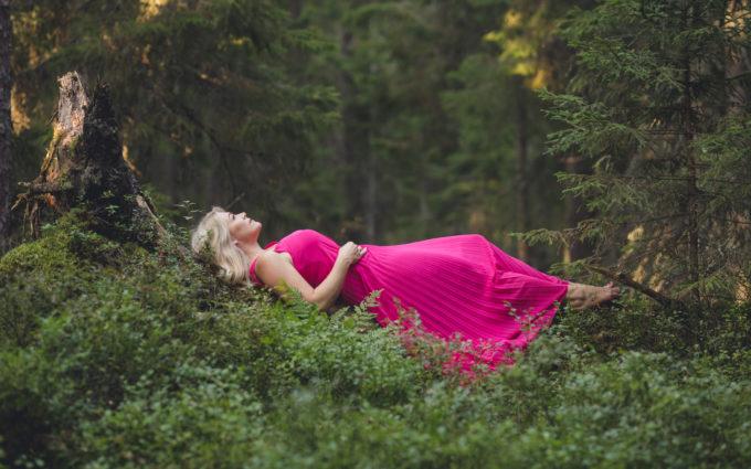Naine ja loodus