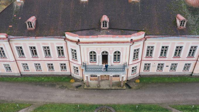 Pulma pildistamine Roosna-Alliku mõisas