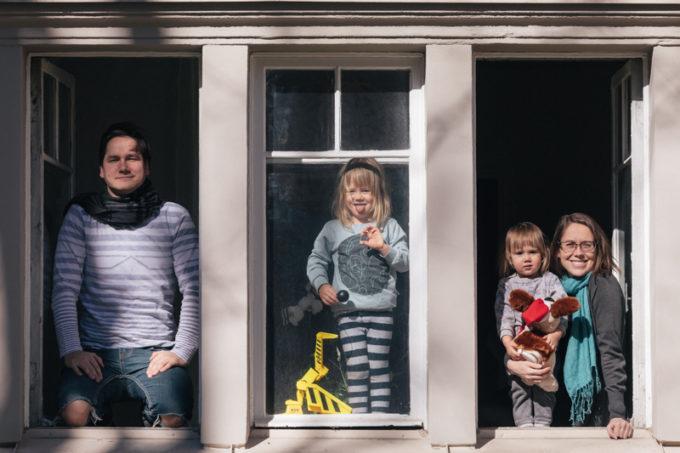Pere koduaknal